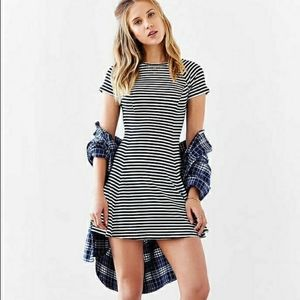 Urban Outfitters BDG Jackie Flare Tee Dress